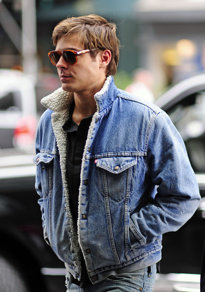 Zac Efron Sports Denim in NYC []