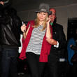 Marker Sienna Miller Leaves the Theatre