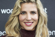 Elsa Pataky Medium Wavy Cut