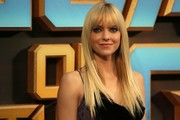Anna Faris Long Straight Cut with Bangs