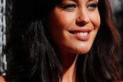 Megan Gale Medium Wavy Cut