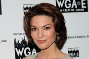 Alana De La Garza Medium Layered Cut