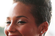 Alicia Keys Fauxhawk