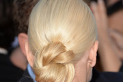 Anna Faris Twisted Bun