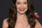 Mallory Jansen Long Wavy Cut