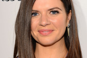 Casey Wilson Medium Straight Cut