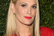 Molly Sims Medium Straight Cut