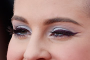 Kelly Osbourne Bright Eyeshadow