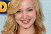 Dove Cameron Medium Wavy Cut