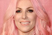 Bonnie McKee Medium Wavy Cut