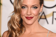 Katie Cassidy Side Sweep
