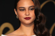 Courtney Eaton Side Sweep