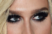 Kesha Smoky Eyes