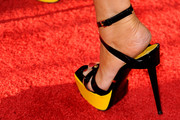 Lisa Ann Walter Platform Pumps