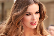 Robyn Lawley Long Wavy Cut