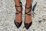 Lais Ribeiro Pumps