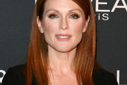 Julianne Moore Long Straight Cut