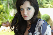 Roxane Mesquida Long Curls