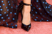 Lorenza Izzo Pumps
