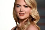 Kate Upton Retro Hairstyle
