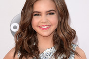 Bailee Madison Long Wavy Cut