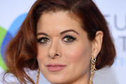 Debra Messing Chignon
