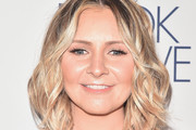 Beverley Mitchell Short Wavy Cut