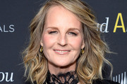 Helen Hunt Medium Wavy Cut