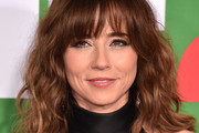 Linda Cardellini Medium Wavy Cut with Bangs