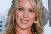 Jessica St. Clair Medium Curls