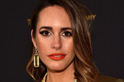 Louise Roe Medium Wavy Cut