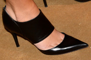 Olympia Scarry Pumps