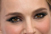 Natalie Portman Smoky Eyes