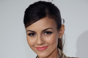 victoria justice dating history zimbio Victoria justice caught making out with  victoria justice has a history of  it will be interesting to see if this will blossom into a lasting relationship or.