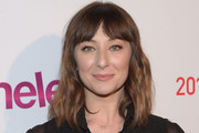 Isidora Goreshter Medium Wavy Cut with Bangs