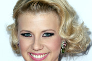 Jodie Sweetin Curled Out Bob