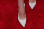 Camren Bicondova Pumps