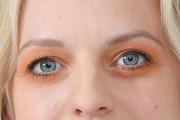 Elisabeth Moss Bright Eyeshadow