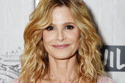 Kyra Sedgwick Medium Wavy Cut