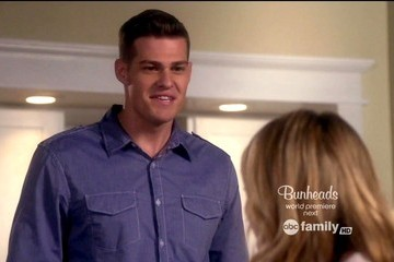 Greg Finley The Secret Life Of The American Teenager Season 5 Episode 1