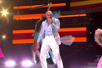 Pitbull American Idol Season 12 Episode 37